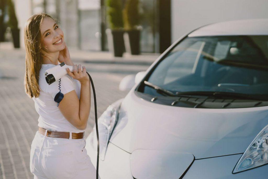 incentivi-auto-elettriche-italia-2021